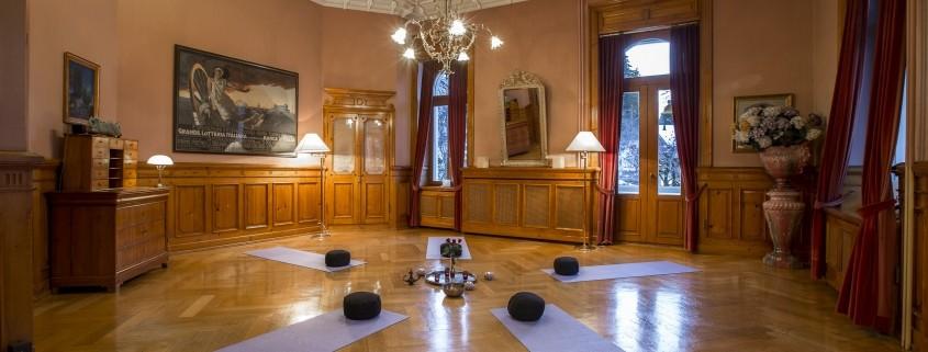 Yoga & Schweigen Hotel Schweizerhof Flims